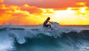 surfer-2212948__340