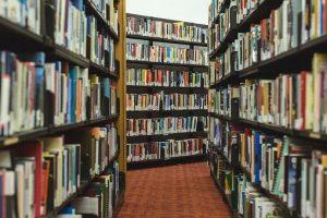 books-2562331__340