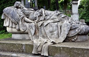 grave-2625396__340